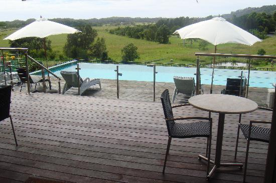 Ewingsdale, Australia: Breakfast Pool side