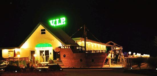 VIP Motel: Night time photo