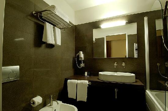 Park Hotel Sabina: Bathroom