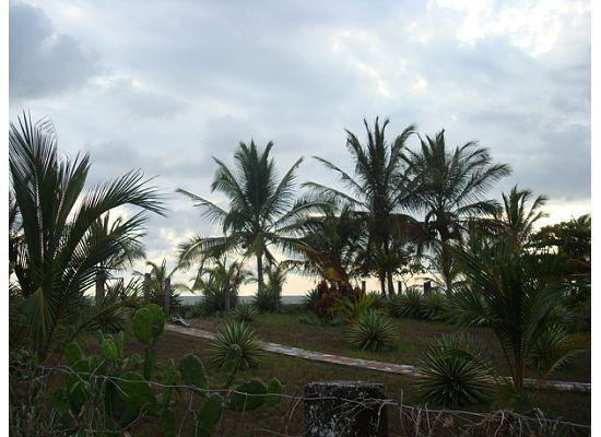 Casa Laguna: more of  beach