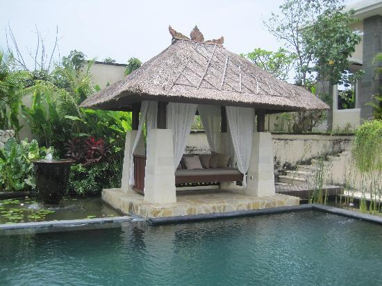 Villa Teresa: One of the many huts and relaxing areas