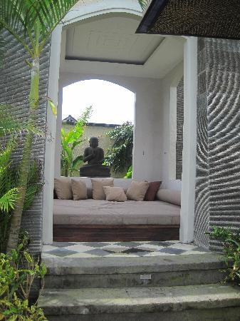 Villa Teresa: The yoga pavillion