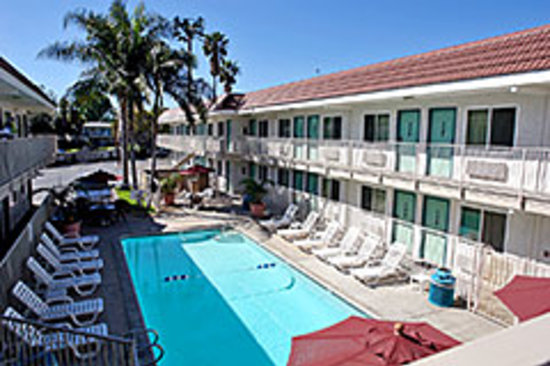 Motel 6 Costa Mesa