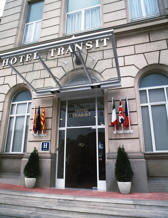 Catalonia Transit Hotel