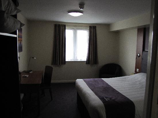 Premier Inn Coleraine: Room