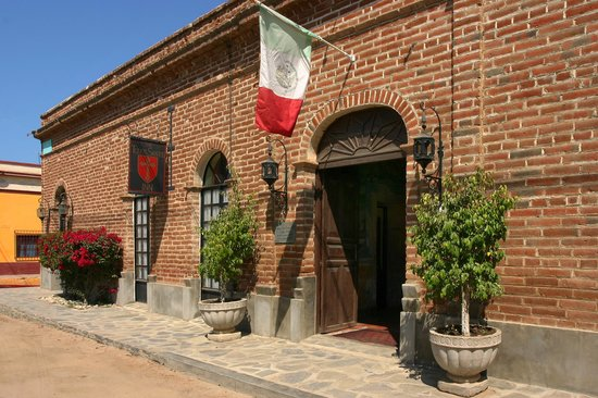 Todos Santos Inn