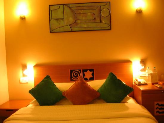 Lemon Tree Hotel, Chennai: Bed