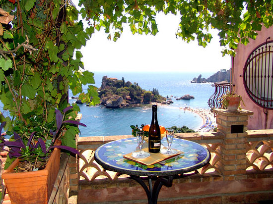 Mendolia Beach Hotel: Vista dal terrazzo della camera