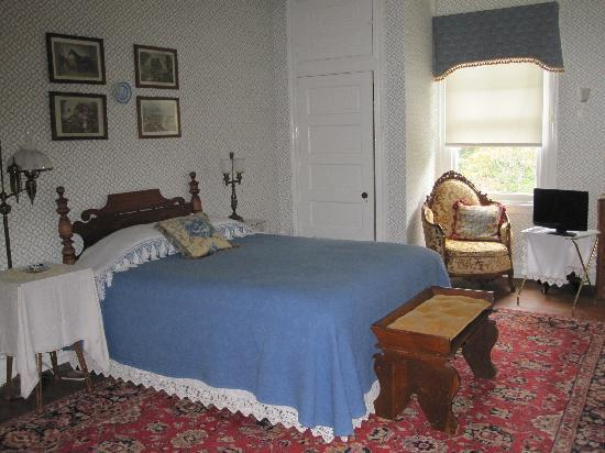 The Wilderness: The Blue and Gold Suite