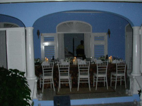 Dinner at the verandah, Jamaica Inn