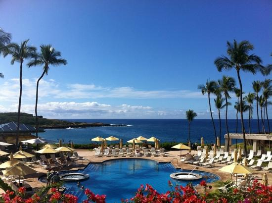 Lanai City, HI: four seasons lanai at manele bay pool deck and ocean view