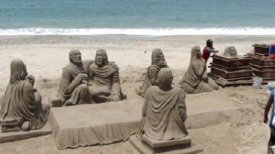Paradise Village: Sand Sculpture the Artist is From Venezuela takes over two weeks to make this