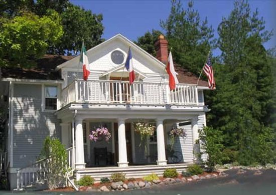 French Country Inn: Historic Building