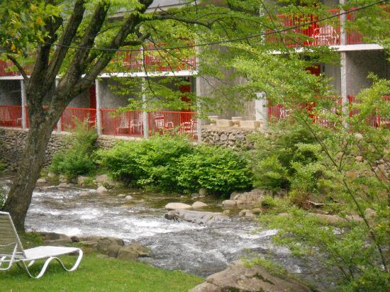 Zoders Inn &amp; Suites: View of creek from balcony