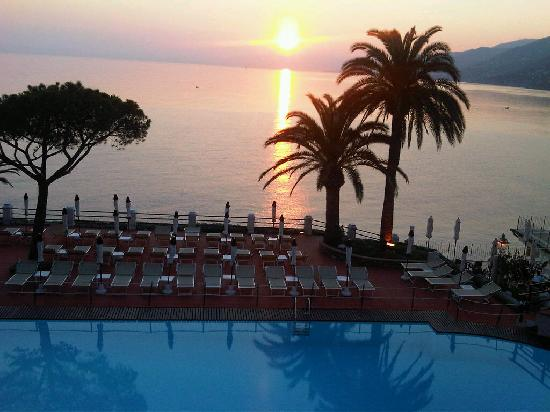 vista dalla camera foto di hotel cenobio dei dogi camogli tripadvisor. Black Bedroom Furniture Sets. Home Design Ideas