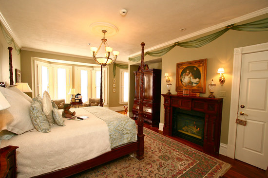 The Inn on Negley: Cortland Suite