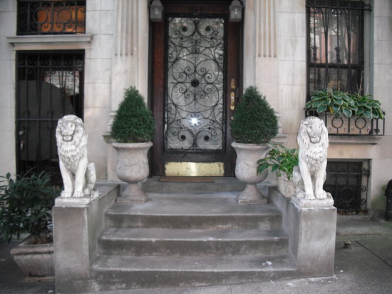 The New York Renaissance Home : NY Renaissance Home Entrance