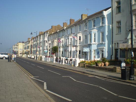 Herne Bay, UK: blok of houses on centrale parade