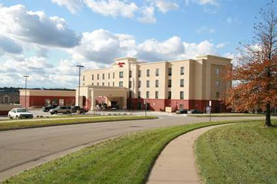 Photo of Hampton Inn Topeka