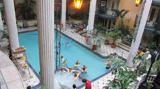 Piscine picture of plaza quebec quebec city tripadvisor for Hotel avec piscine interieur