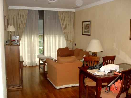 Apartments Restaurant Hispanos 7 Suiza: room