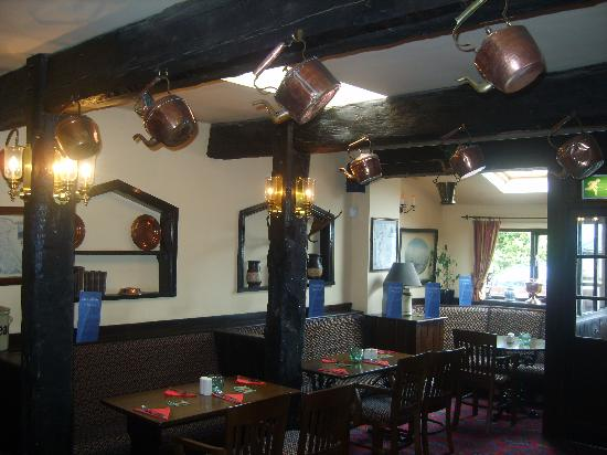 Ingbirchworth, UK: Bar area