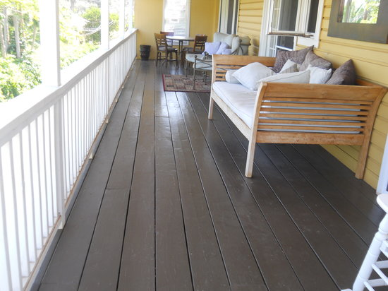 Paia Inn Hotel: terrace on 3 bedroom suite
