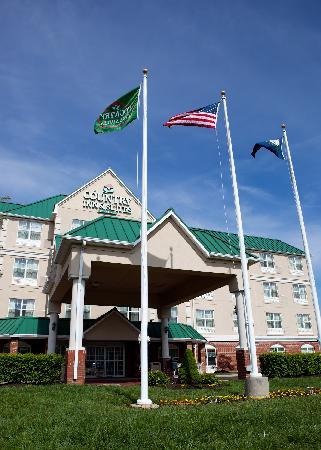 Country Inn & Suites - Georgetown: Front