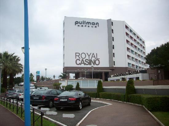 Pullman mandelieu royal casino cannes 17