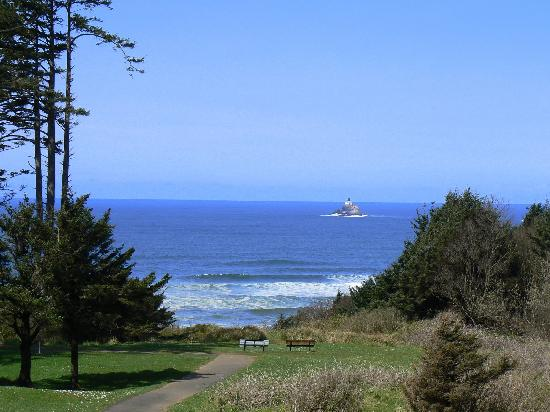 The Courtyard: Tillamook Lighthouse