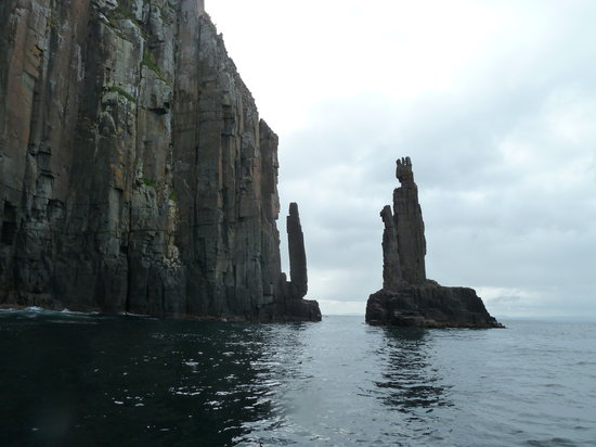 Hobart, Australia: Cliffs