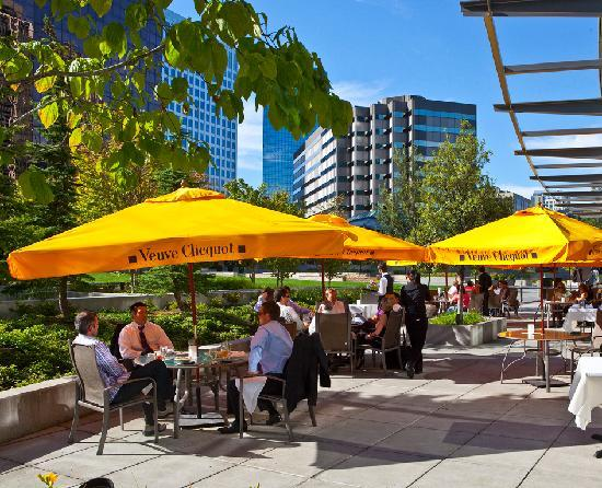 , : Outdoor dining in the heart of downtown