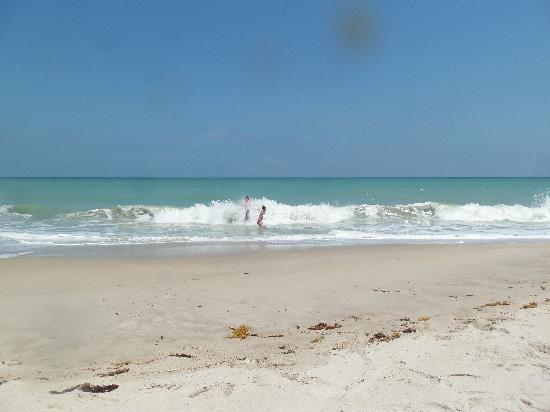 The waves rolling in at Vero Beach