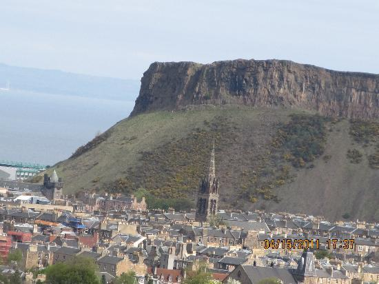 Tantallon Place Bed and Breakfast: View of Edinburgh