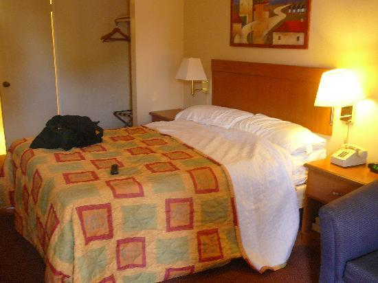 Rodeway Inn - Encinitas: Cama doble