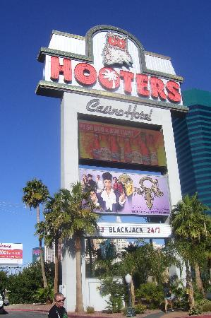 Hooters Casino Hotel: Hooters hotel sign
