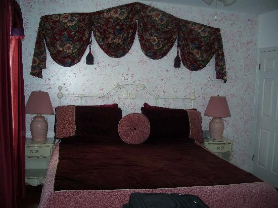 Annapolitan Bed & Breakfast: Our room