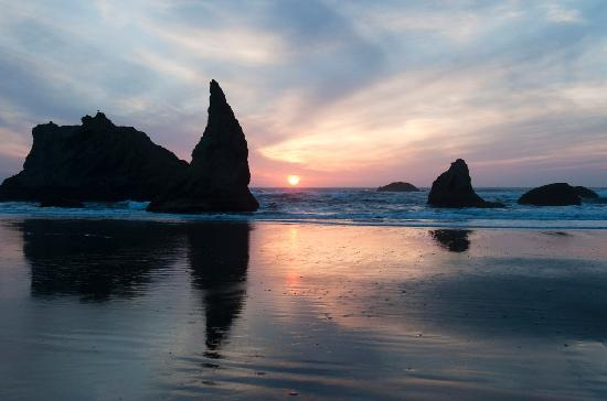 Sunset Oceanfront Lodging: Sunset Bandon Beach