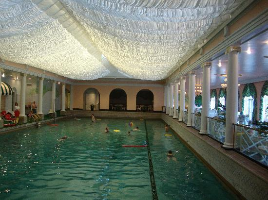 White Sulphur Springs, Wirginia Zachodnia: Swimming Pool