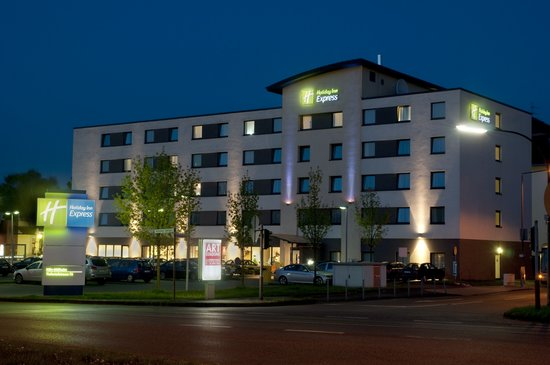 Photo of Holiday Inn Express Koln-Mulheim Cologne