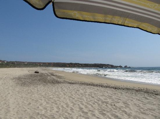 This beach is steps away - and Casamar even provides beach umbrellas!