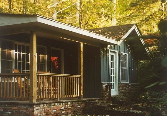 Black Bear Cottages