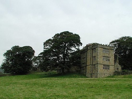 Hathersage, UK: North Lees Hall
