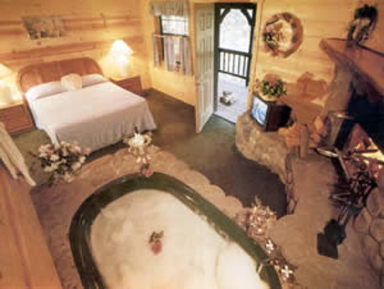 Photo of Big Bear Manor Jacuzzi Cabins Big Bear Lake