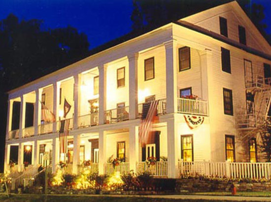 Falcon Manor Hotel
