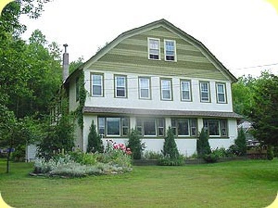 Photo of Gateway Lodge Bed & Breakfast Highmount