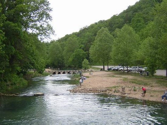 Cassville (MO) United States  City new picture : Roaring River State Park : Pictures