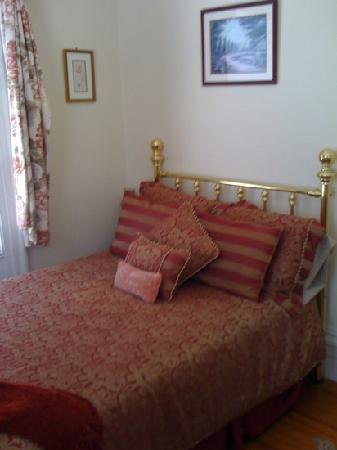 Historic Hill Inn: my room
