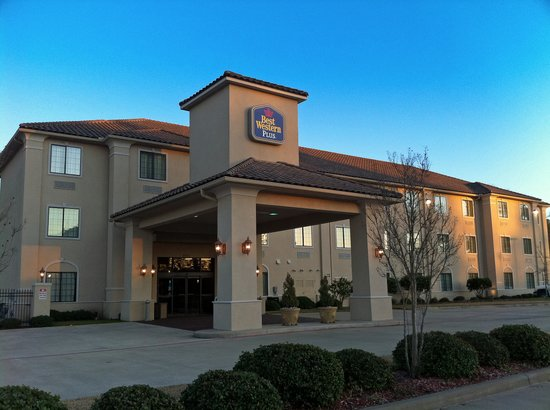 BEST WESTERN PLUS Crown Colony Inn & Suites, Lufkin, Texas