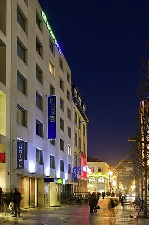 Ibis Styles Antwerpen City Center: all seasons Antwerpen City Center